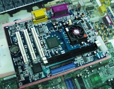 400元,intel芯片组 处理器的整合主板
